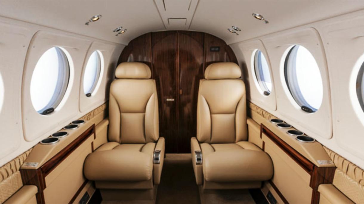 king air 250 interior