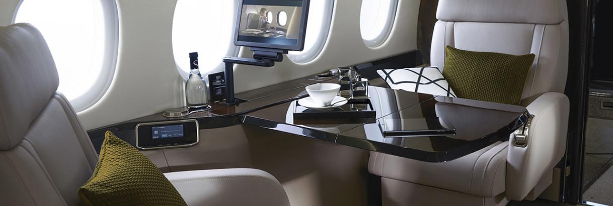 Falcon 900LX Wide body cabin