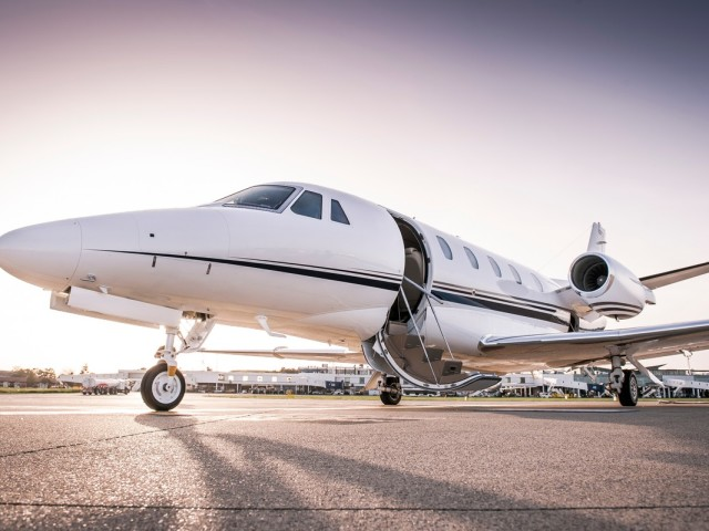 Private Jet Charter Van Nuys to New Orleans