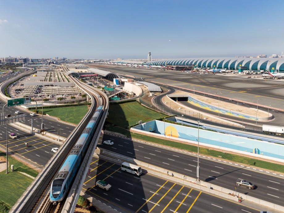 Dubai International Airport (DXB, OMDB) Private Jet Charter