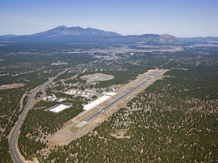 Flagstaff Pulliam Airport (FLG, KFLG) Private Jet Charter