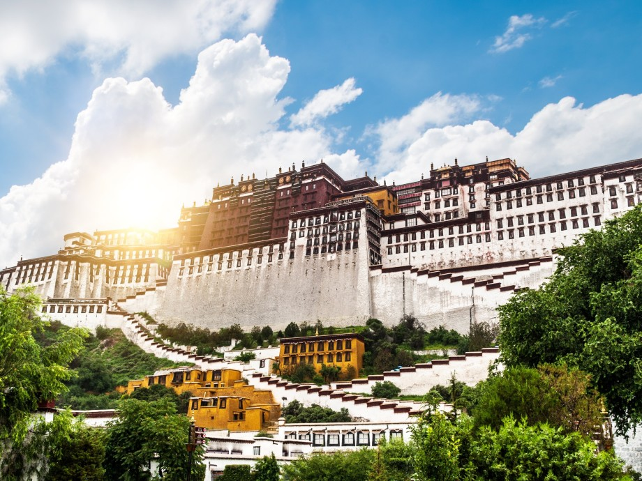 Lhasa Private Jet Charter