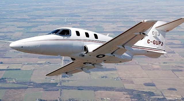 Private Jet Charter Diamond D-Jet